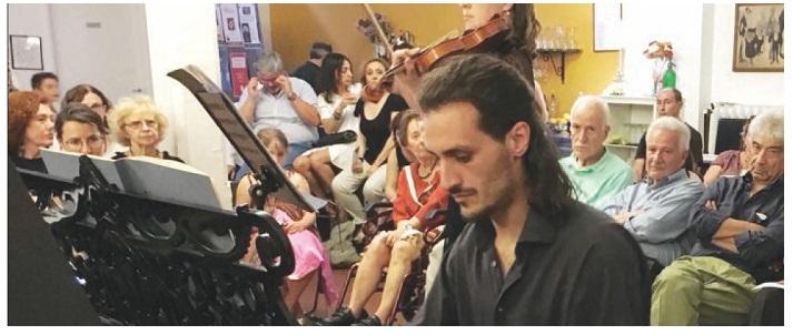 """""""Da Montella a Milano suonando il piano""""  di Roberta Bruno - dal Quotidiano del sud"""